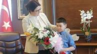 Bakan, devlet korumasında olan çocuğu ifşa etti…