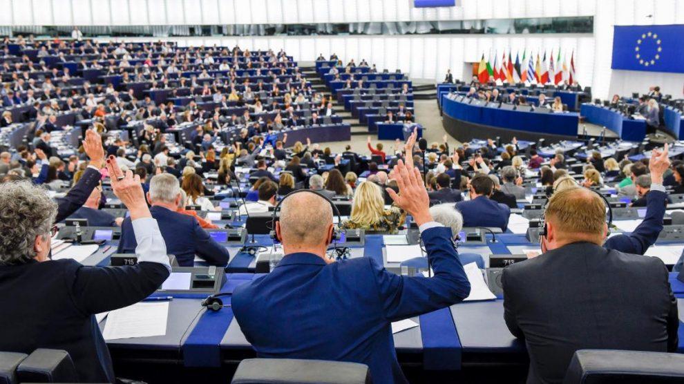 Avrupa Parlamentosu, AB'nin Türkiye ile müzakereleri sonlandırmasını istedi