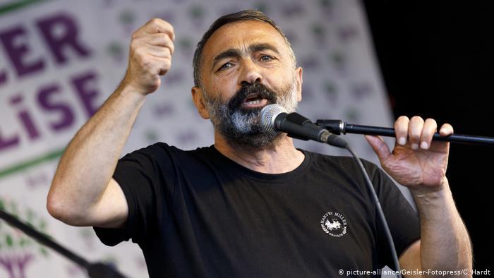 AABK Onursal Başkanı Turgut Öker'in davası ertelendi
