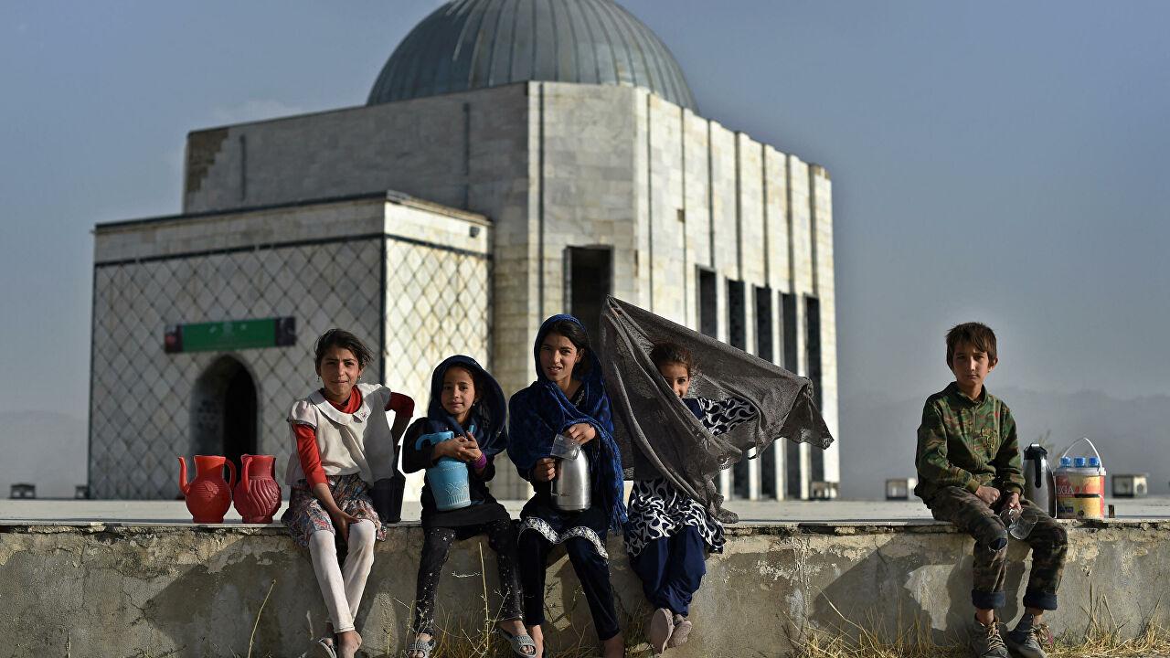 Afganistan'da 1 milyon çocuk bu kış ölümle karşı karşıya